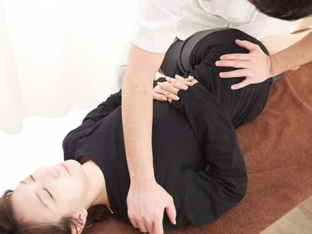 身体全体の歪みを整えて自然治癒力を引き出す施術です